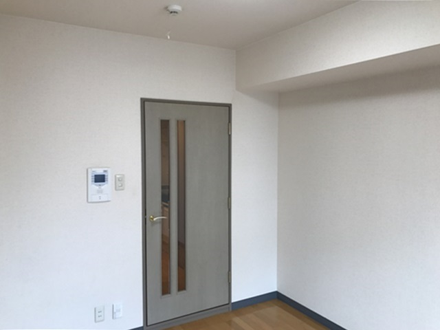 日当たりと無垢床【杉並区荻窪駅で家賃UPに成功したリノベーション事例】の画像