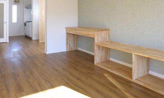 書く、座る【目黒区で空室対策に成功したリノベーション施工事例】の画像