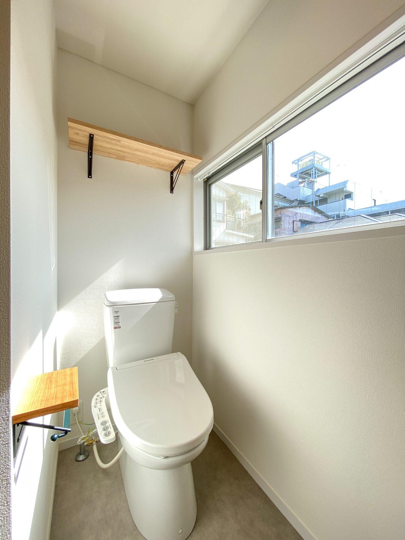 百合ヶ丘 築39年木造 20m2の3点UB1Rをバストイレ別無垢床リノベーションで賃料1万円アップの画像