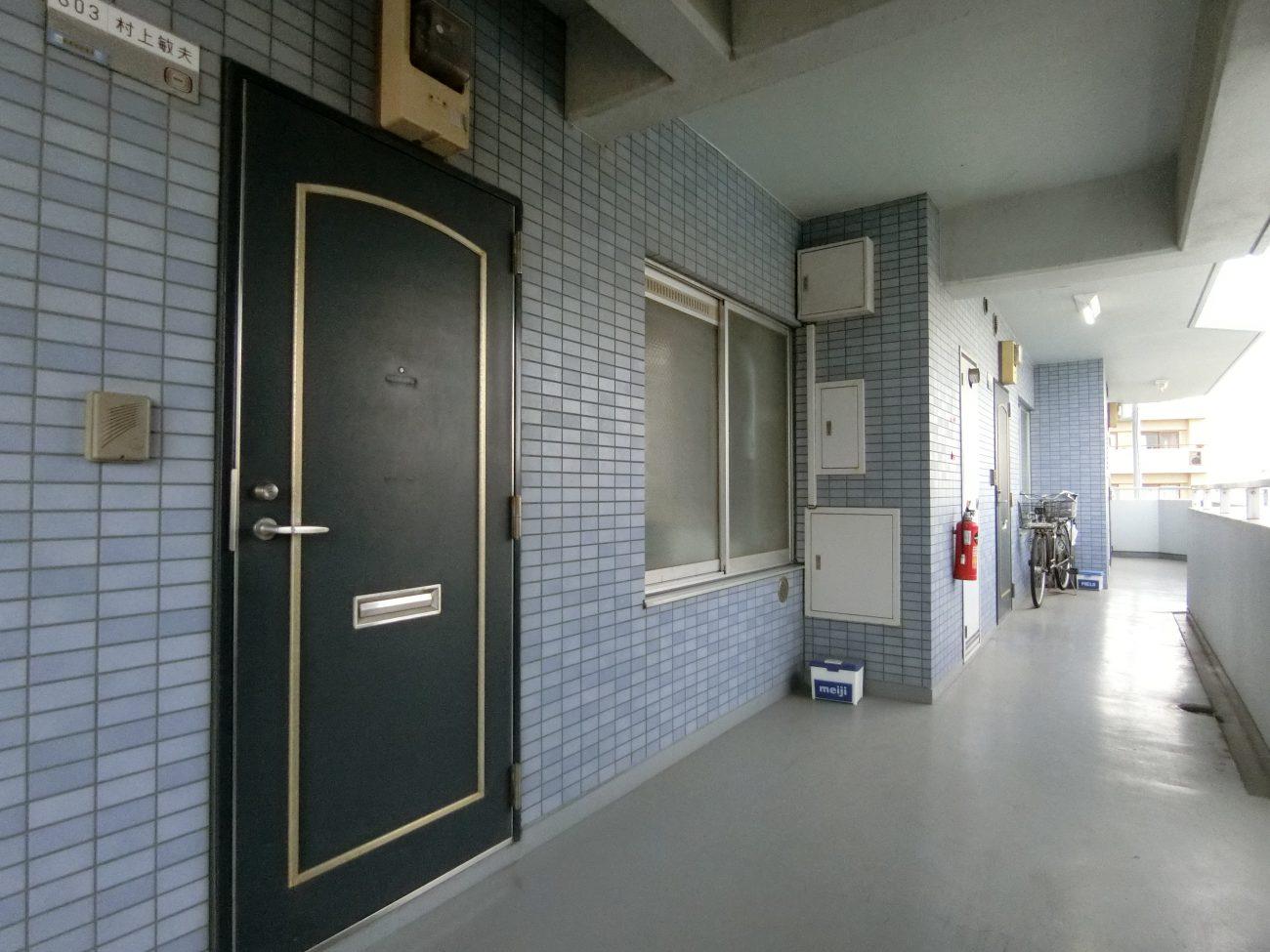 綾瀬 築30年 5階建てRCマンション 外構リニューアルの画像
