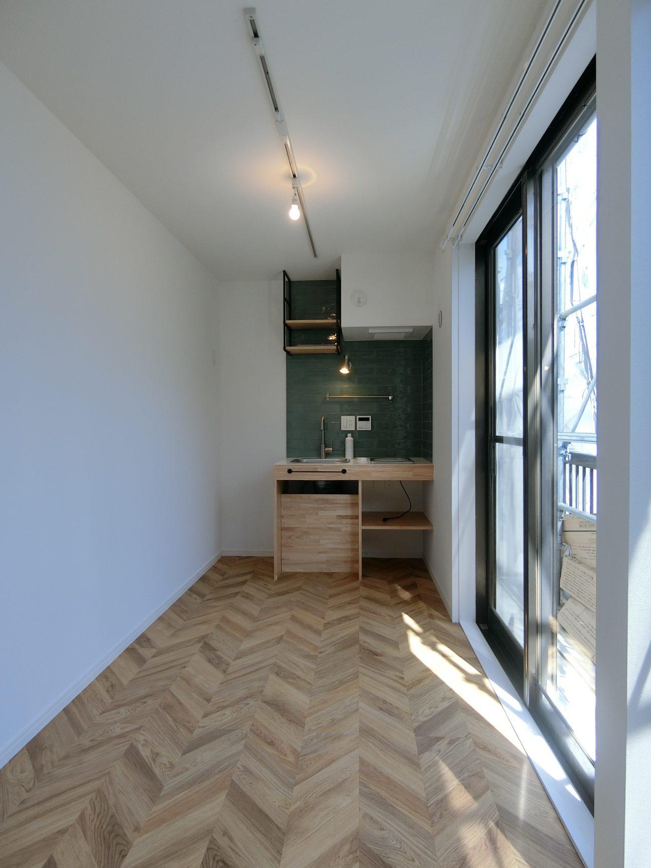 板橋本町 築55年の木造2階建てシェアハウスをナチュラルリノベでリニューアルの画像